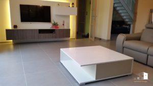 table basse sur-mesure avec un tiroir finition laqué blanc brillant